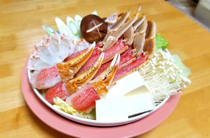 カニ鍋の材料の写真