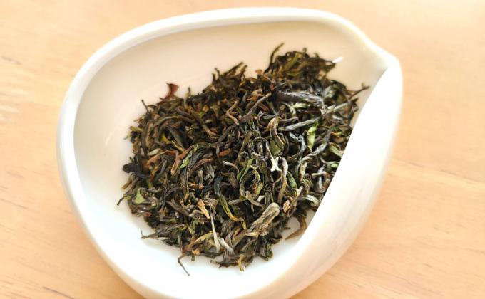 オレンジバレーの茶葉の写真